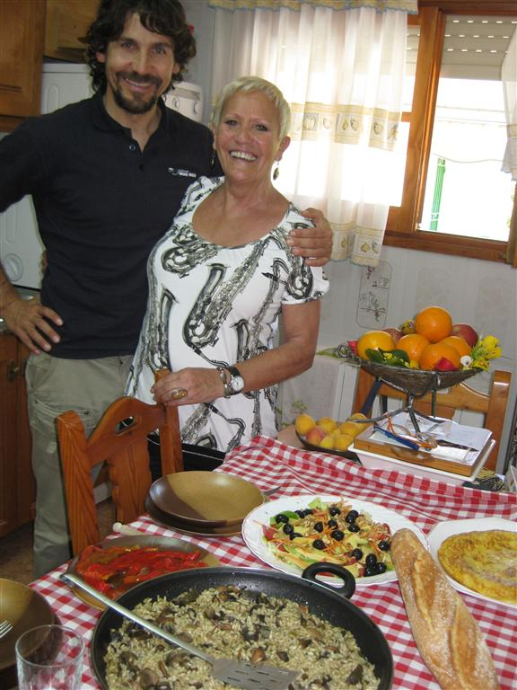 ..and thanks to mama Pilar our 5 days of riding were always well nourished by an impressive 'comida' !