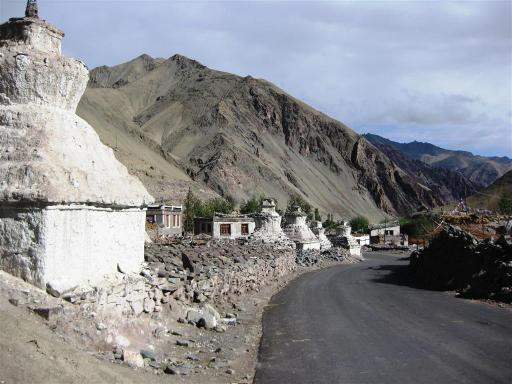 Down to Rumtse village for our final night of camping before reaching Leh.