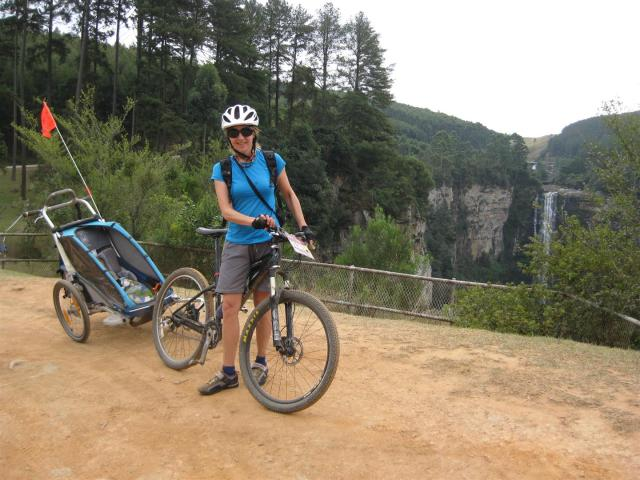 Attractions on the way included the impressive 100m drop Karkloof falls that didnt even seem raise el Pancito's eyebrow!